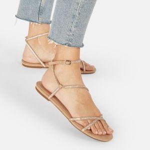 🖤Wild Card Embellished Flat Sandals 7 NIB